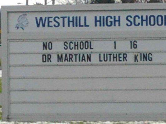 school-sign-typo