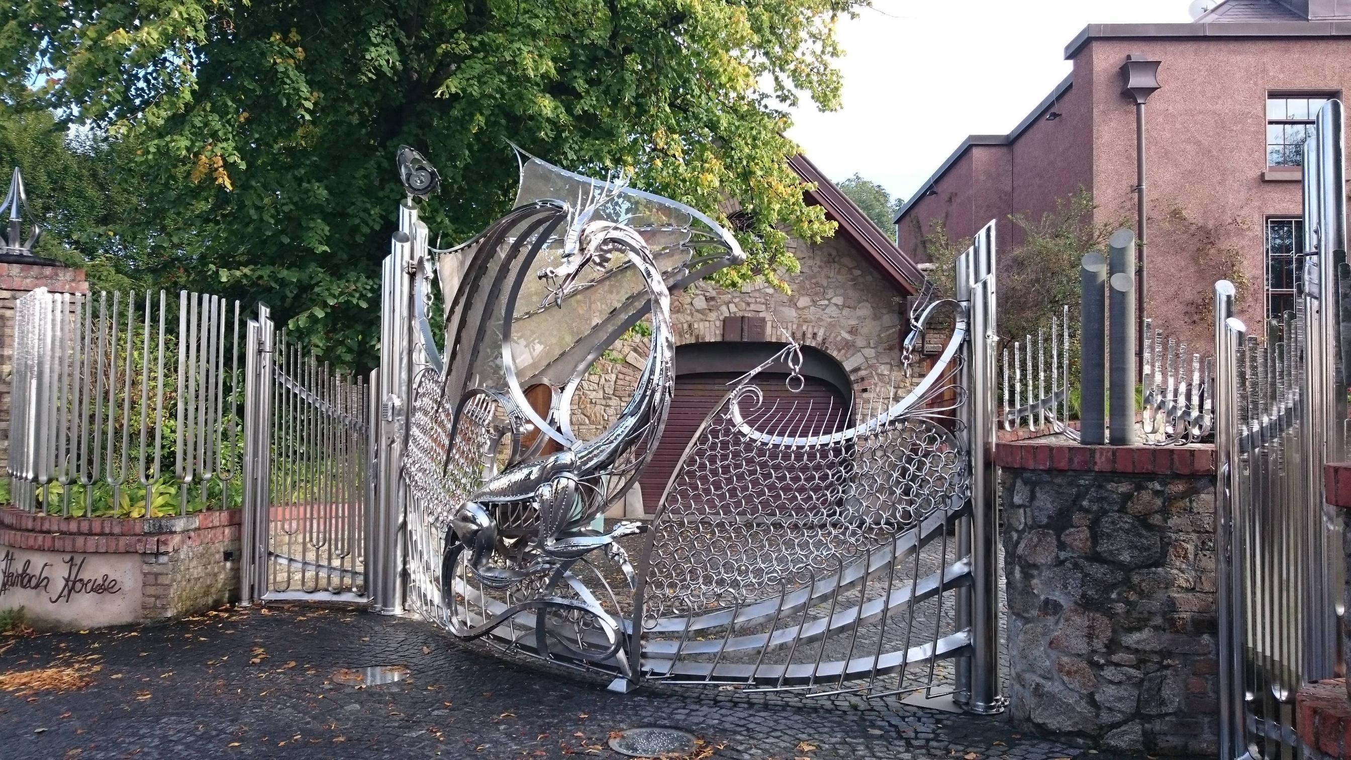 A truly badass gate.2