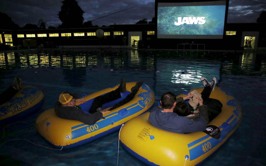 The BEST way to watch Jaws.