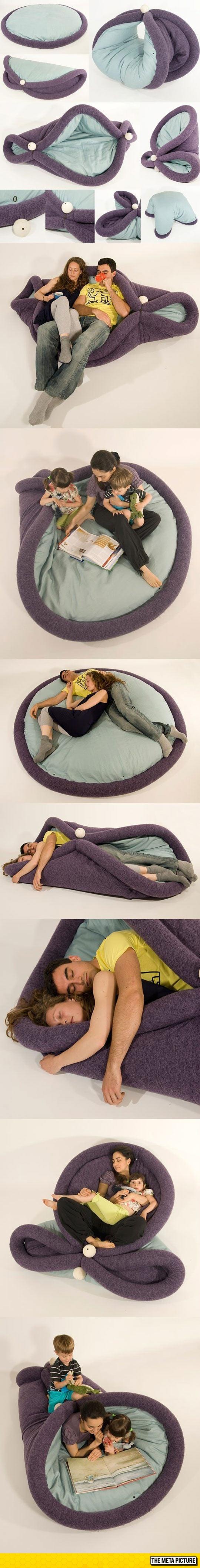 cool-design-carpet-pillow-living-room