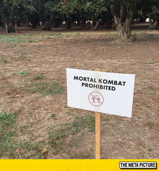 funny-Mortal-Kombat-sign-field