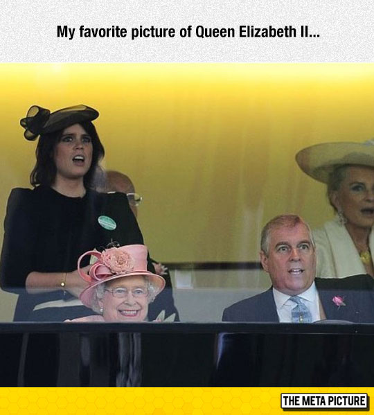 funny-Queen-Elizabeth-smiling-family
