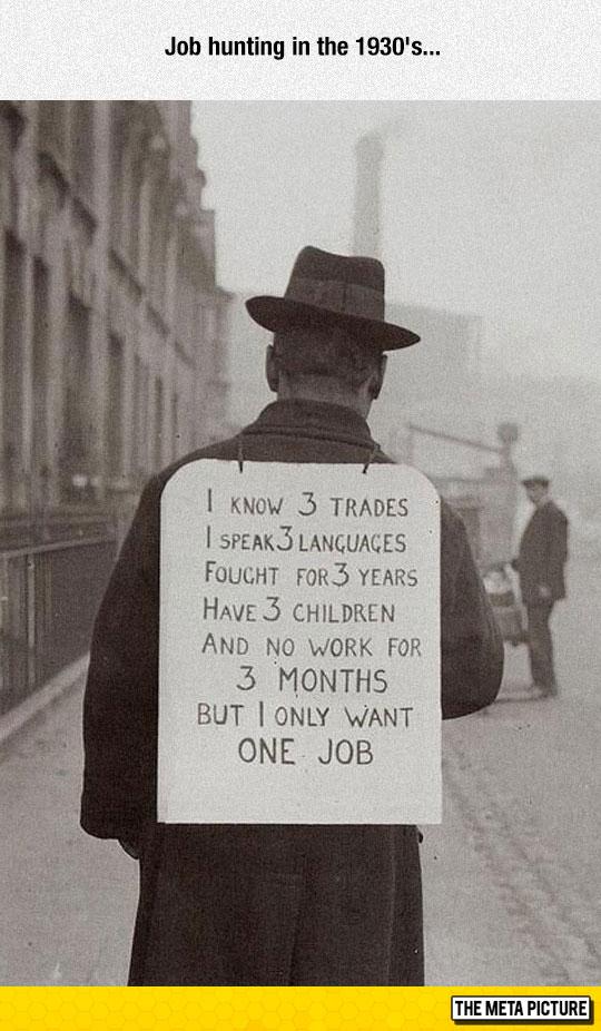 funny-old-photo-man-looking-job