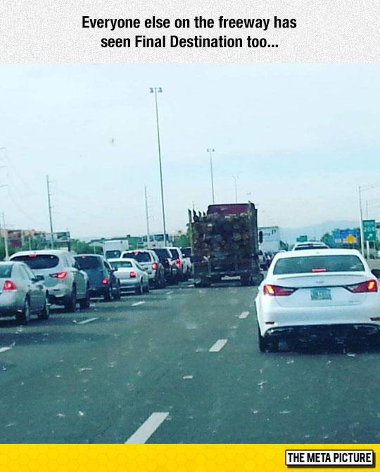 funny-truck-trees-final-destination