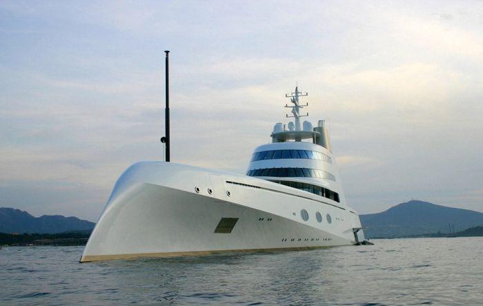 super_yacht_russian_billionaire_05