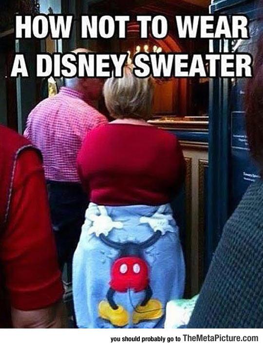 cool-Disney-sweater-Mickey-head