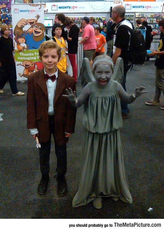 cool-little-Dr-Who-cosplay-nerd
