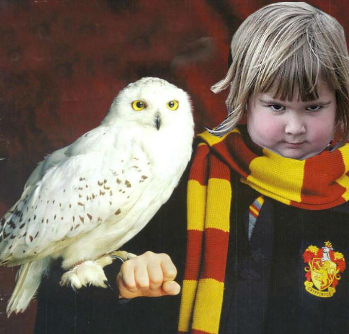 girl_holds_an_owl_04