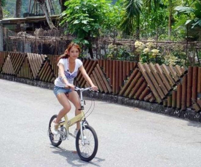 7. This bike seat.