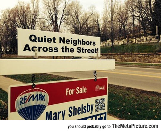 funny-house-for-sale-cemetery