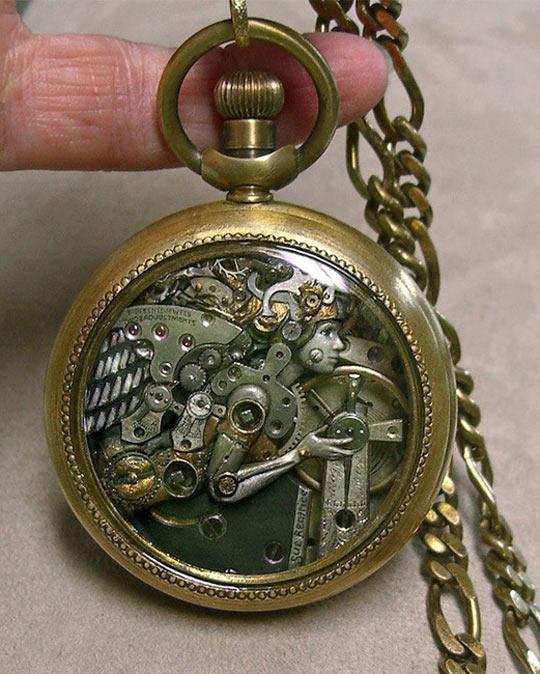 cool-watch-art-sculpture-chain