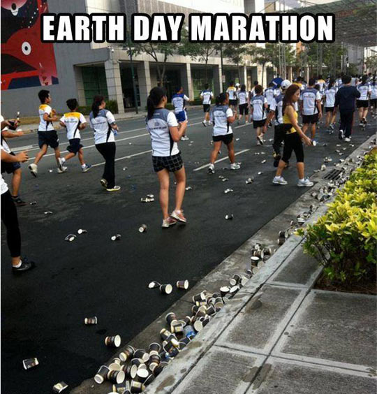 cool-Earth-Day-Marathon-garbage-street