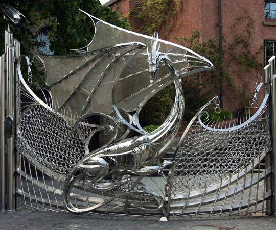cool-dragon-door-metal-gate