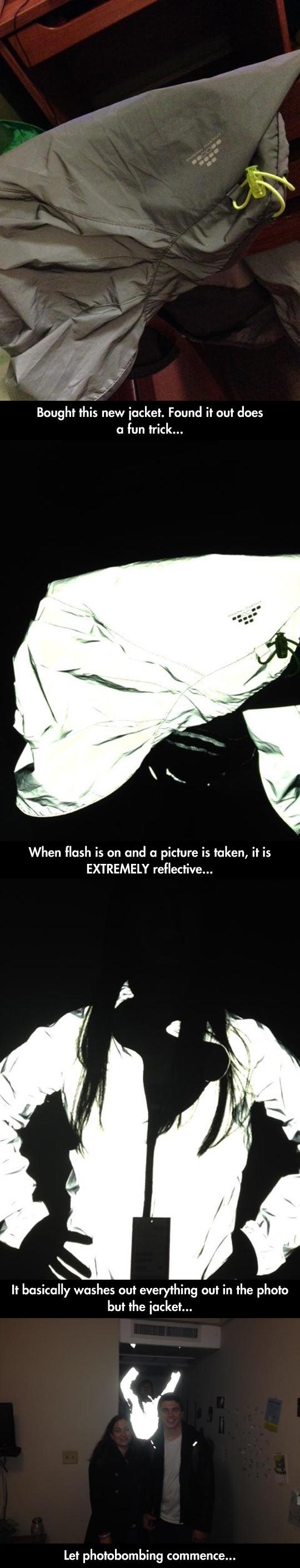 cool-jacket-reflection-flash-photo-bomb