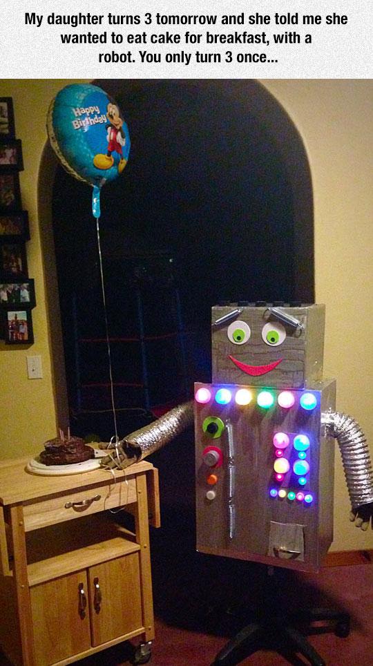 funny-robot-cardboard-balloon