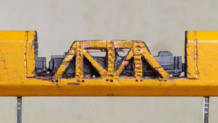 train_pencil_03