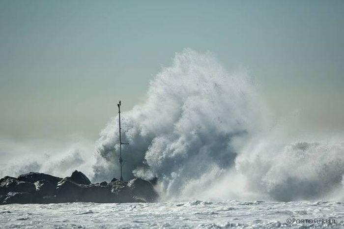 breaking_waves_02