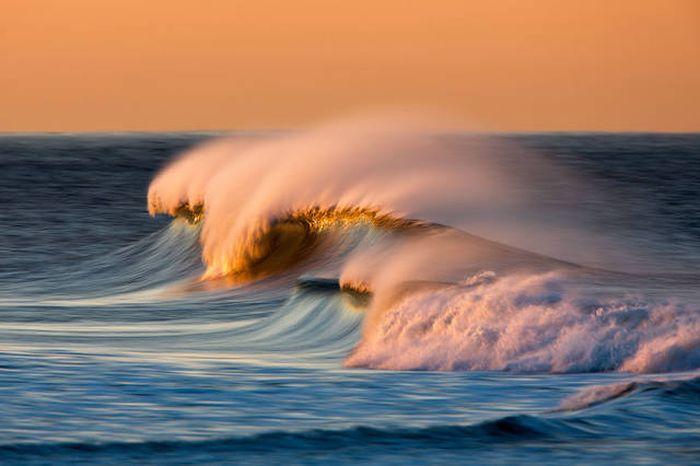 breaking_waves_14