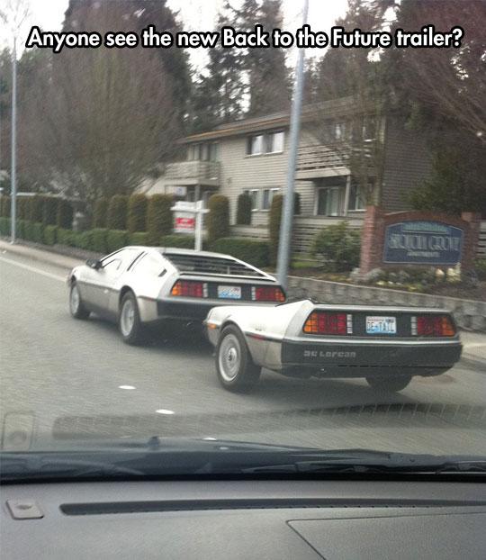cool-Back-Future-trailer-DeLorean-street