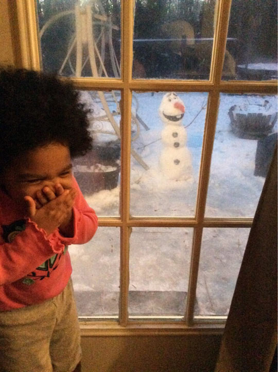 He Built Olaf In His Yard For His Daughter, Her Reaction Is Priceless