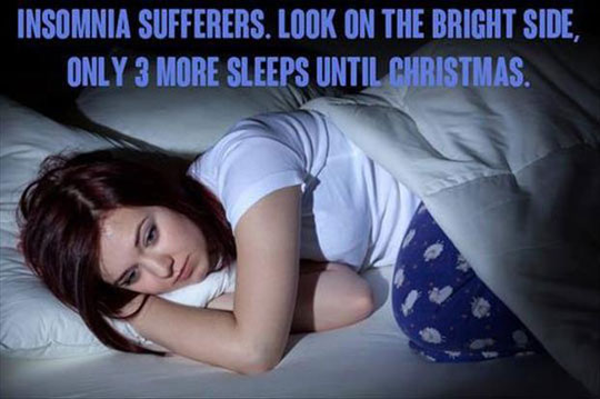 cool-insomnia-girl-bed-Christmas