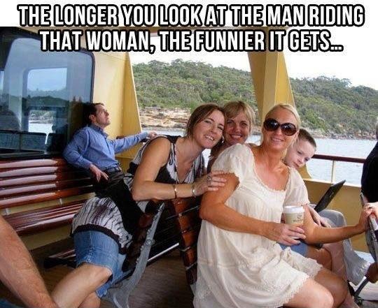cool-optical-illusion-ferry-man