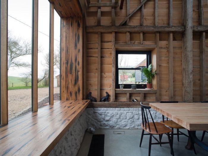 abandoned_barn_house_06