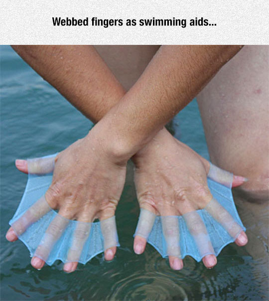 cool-webbed-finger-device-water
