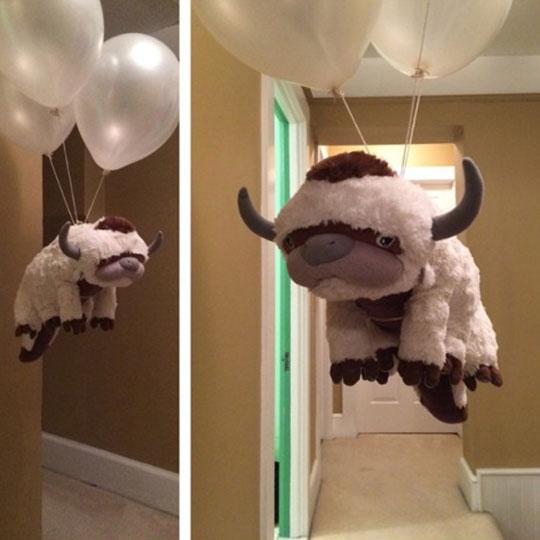 flying-stuffed-toy-balloons