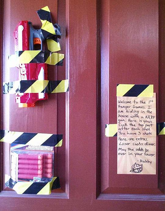 cool-NERF-husband-note-door-dart