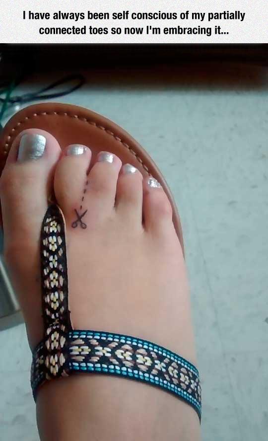 cool-toes-tattoo-scissor-stick