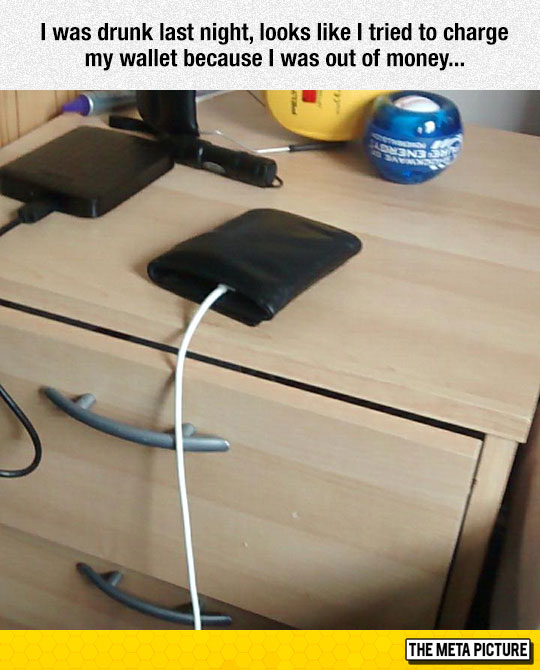 funny-charging-wallet-cable