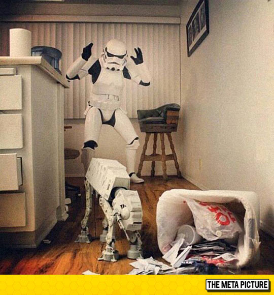 funny-stormtrooper-trash-mess-Star-Wars
