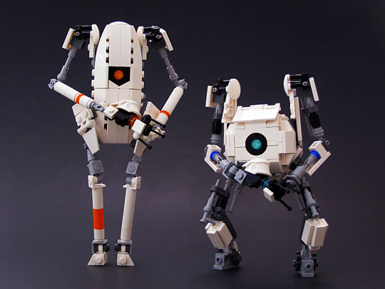 ATLAS and P-body of Portal 2 in Lego form