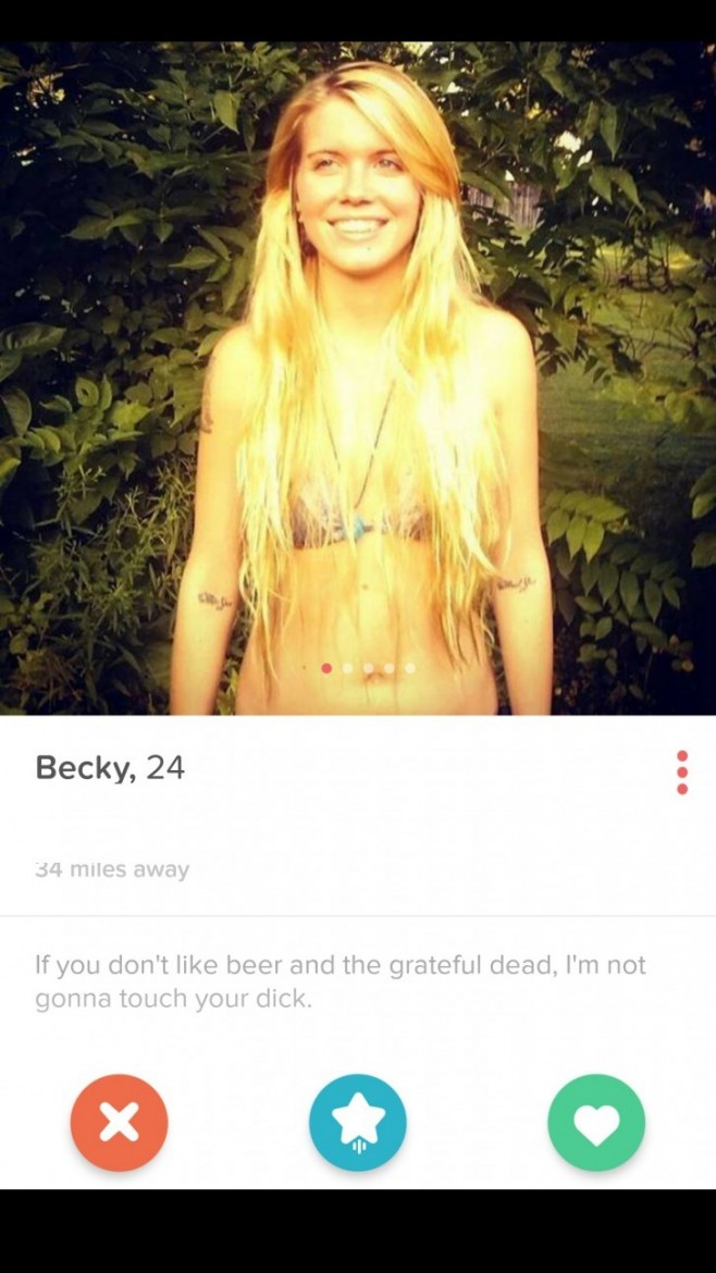 Married couples try tinder dating 10