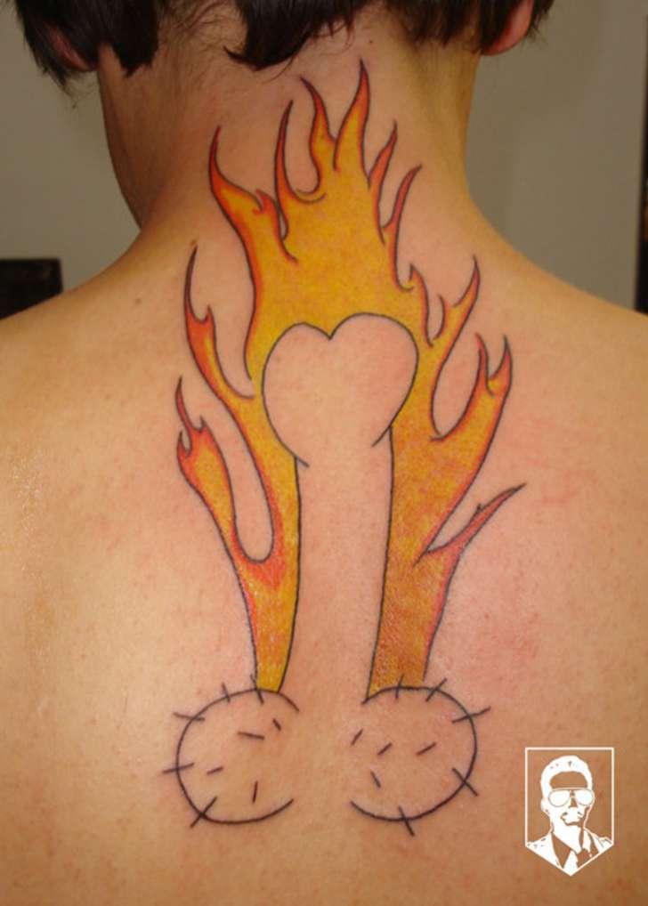 Getting-Tattoos10