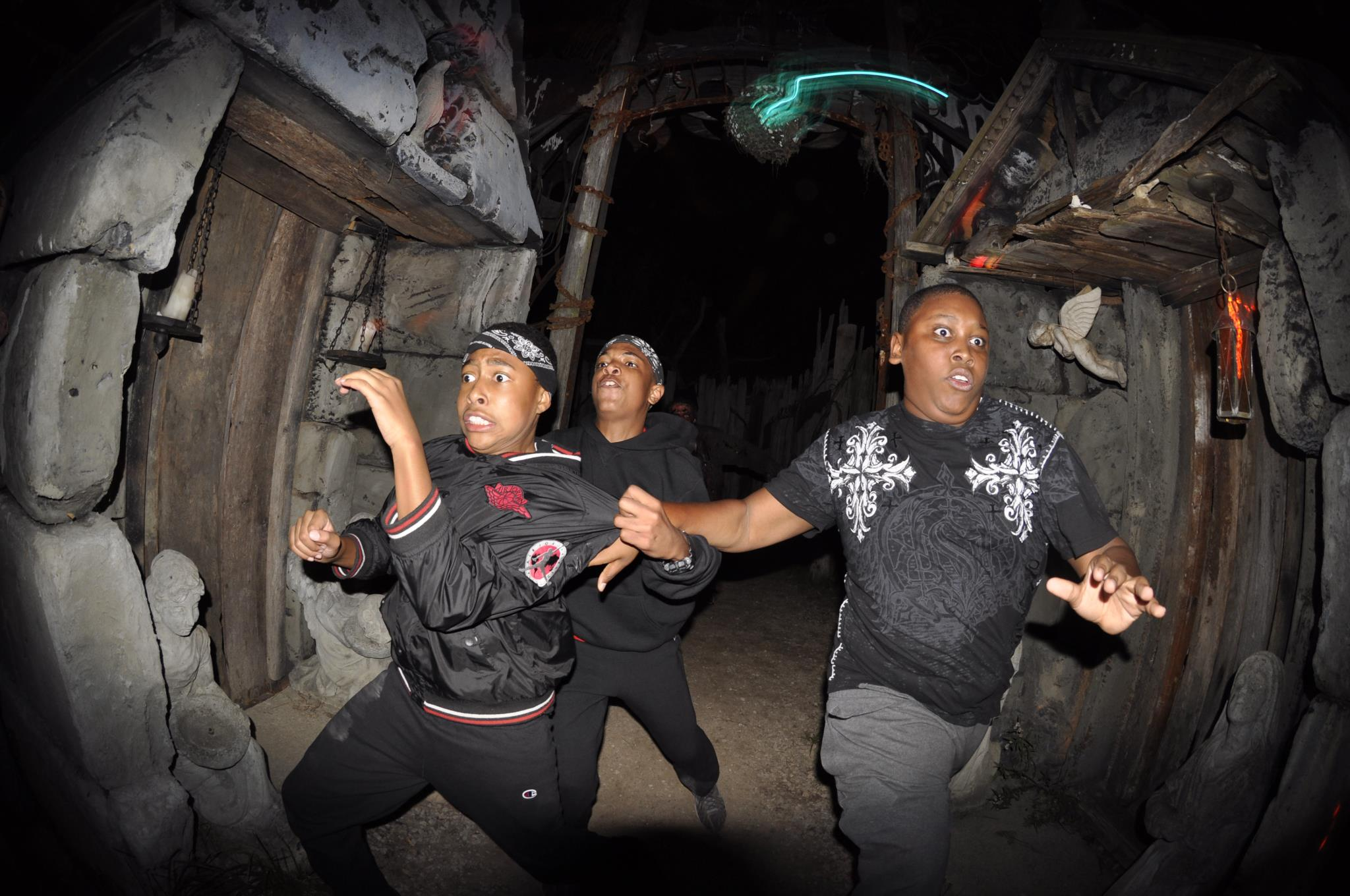 I love haunted house action shots.