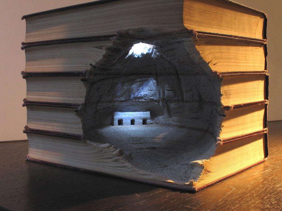 Amazing book sculpture