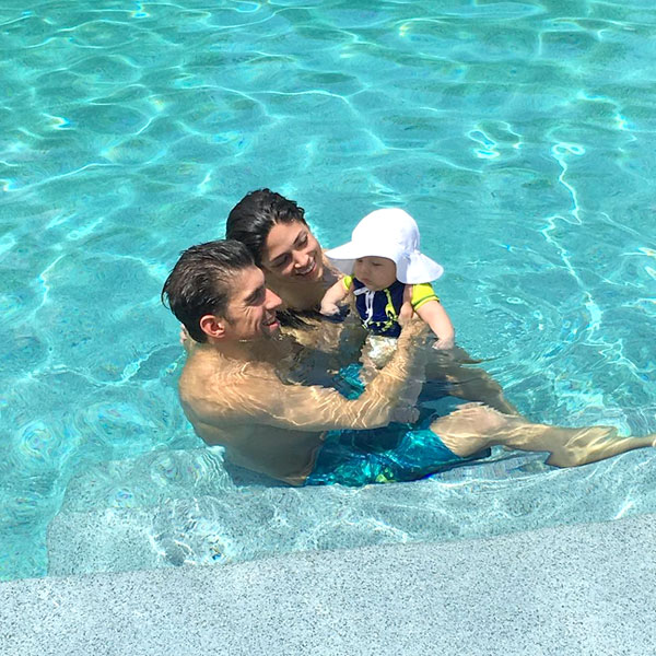Michael Phelps first picture in retirement--is in a pool.