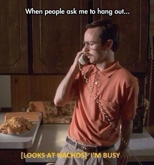 cool-nerd-talking-phone-nachos