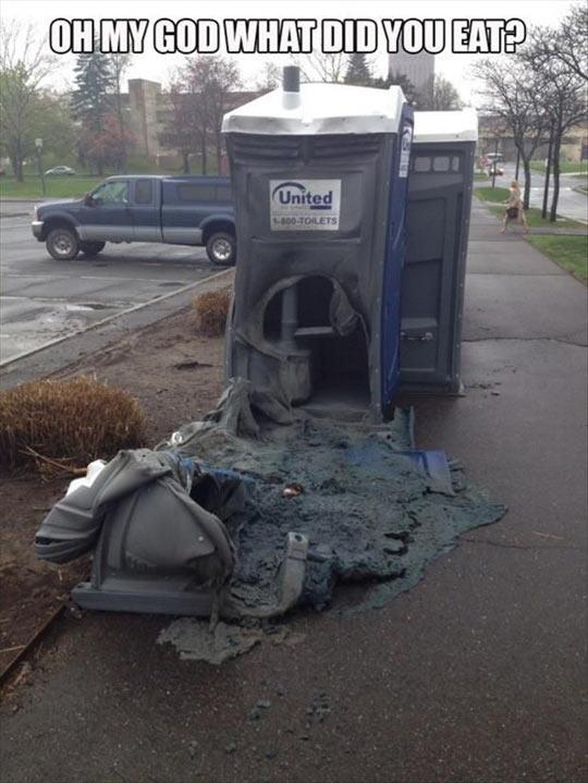 cool-street-toilet-melting