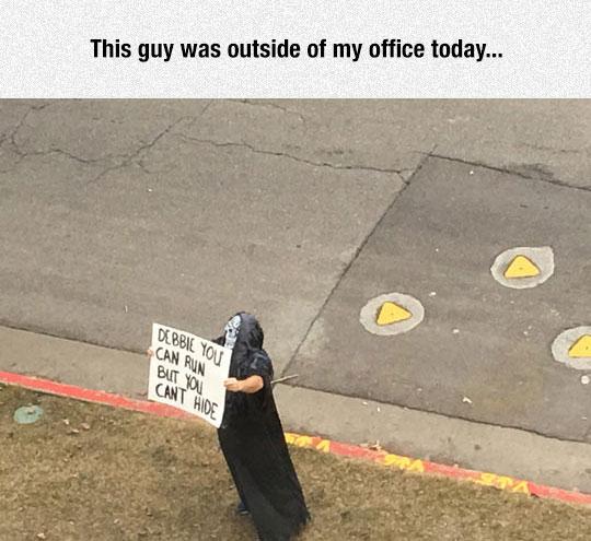 funny-crazy-guy-mask-sign