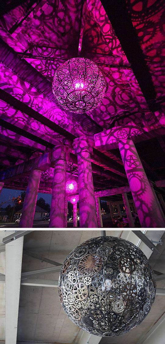 bike-gears-chandelier-purple-lights