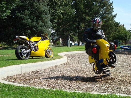 cool-bike-rider-toy-park