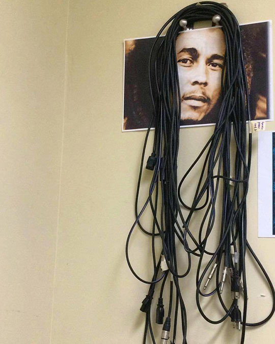 cool-cable-holder-Bob-Marley