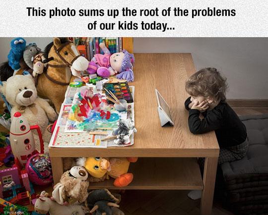 cool-kid-iPad-toys-table