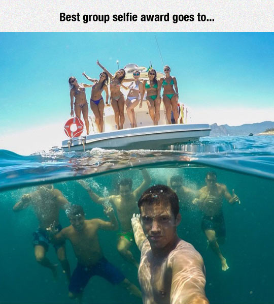 cool-selfie-under-water-girls-boat