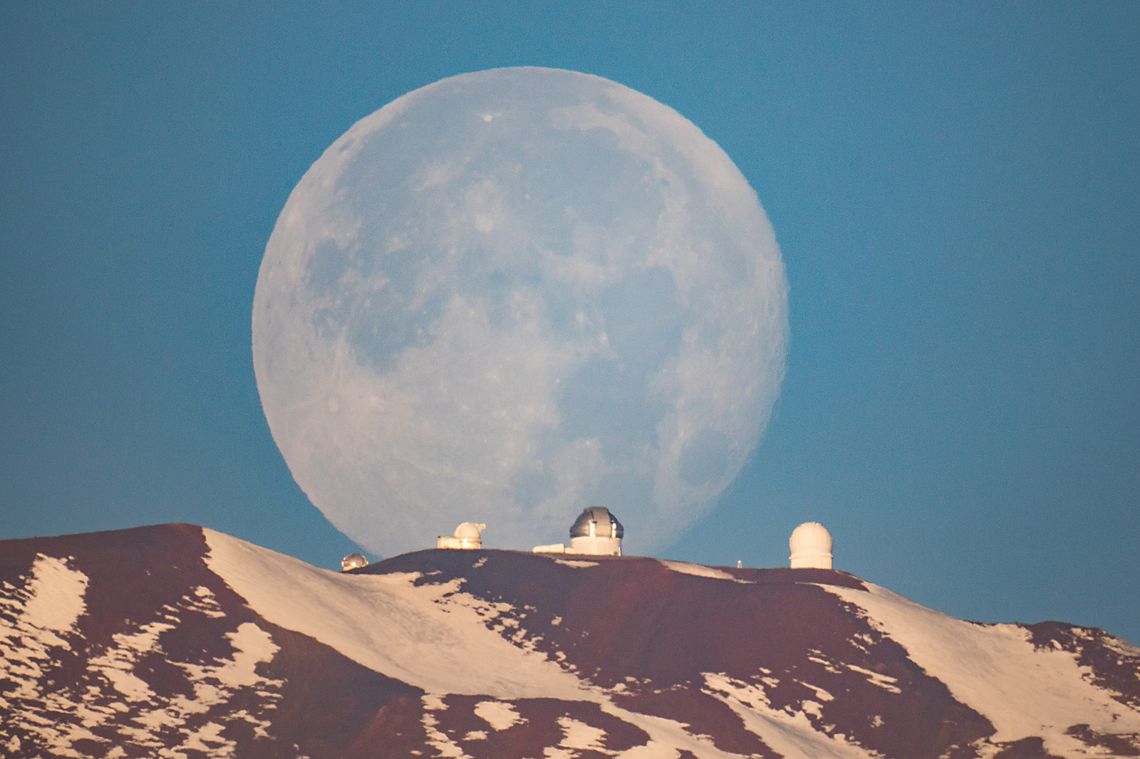 Moonset over Mauna Kea, Hawaii