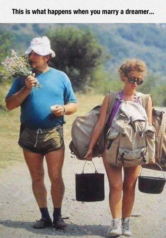 funny-guy-smelling-flowers-girl-bucket