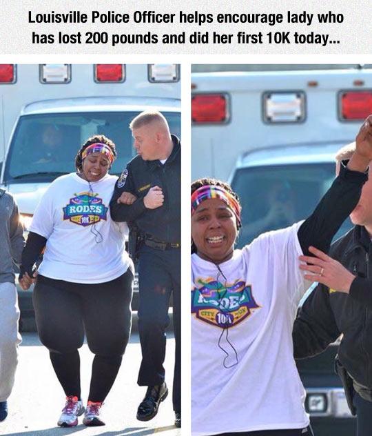 funny-police-officer-woman-marathon
